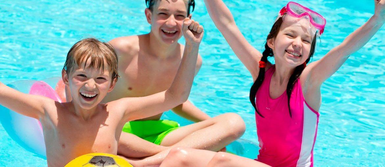 Precauciones con los niños en la piscina